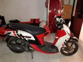 Yamaha fino merah putih