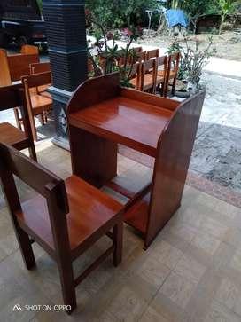Set meja komputer dan meja siswa