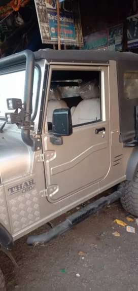 Original Seat For Thar Zeep Car, original Innova Seat Complete Set