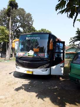 Jual bus pariwisata tahun 2006