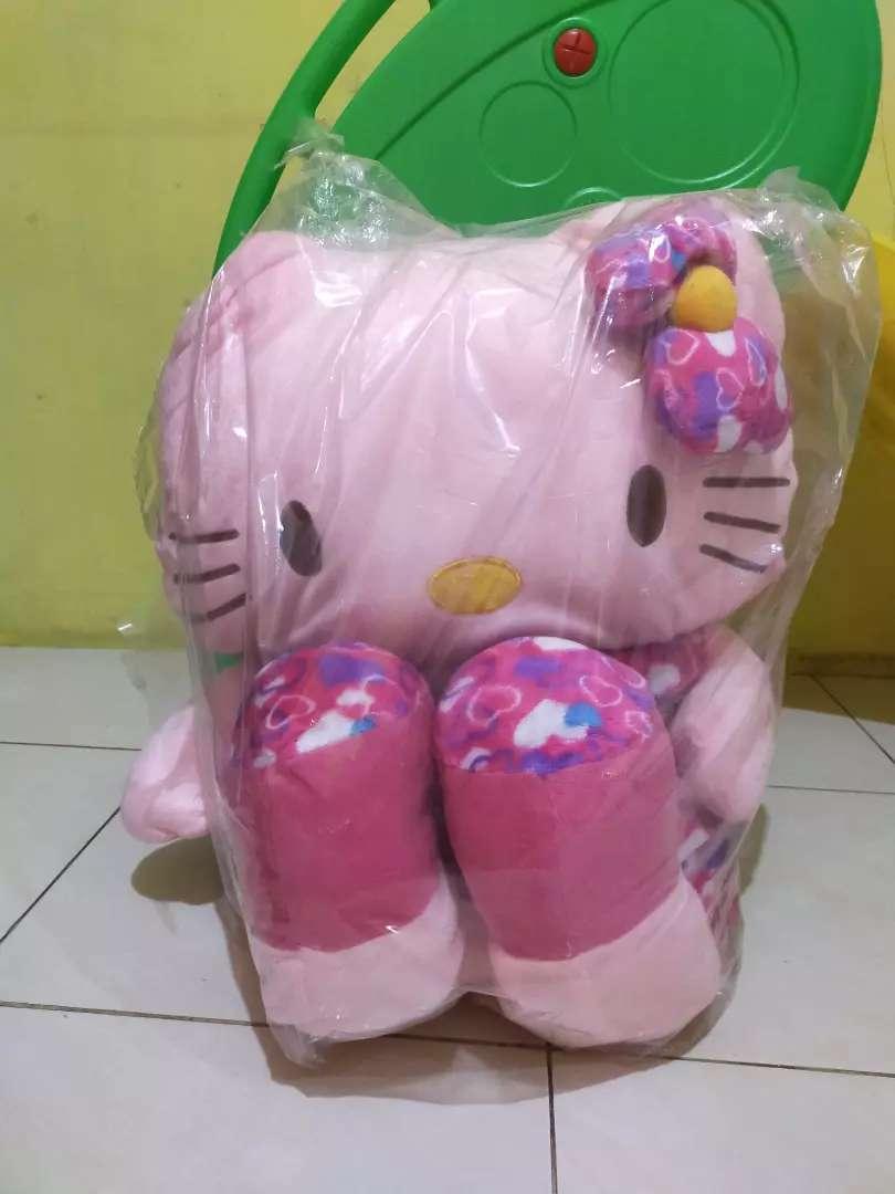 Boneka hello kitty 0