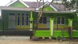 Dikontrakan 1 unit rumah di Komplek Griya Jatinangor II