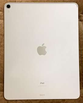 Apple iPad Pro 3rd generation, 12.9 inch, 256 gb , wifi, silver