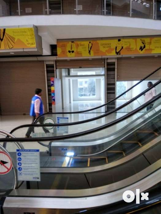 Ground floor, Good price, excellent Visibility, Near Escalators lifts 0