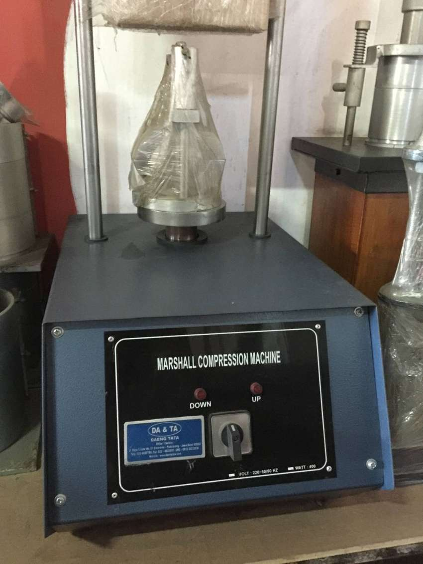 Marshall test set ( Marshall Compression Machine Test)