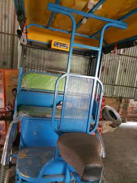 E-rikshaw with new condition
