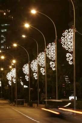 Tiang Lampu PJU dan Taman