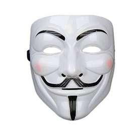 Hobi koleksi topeng anonymous