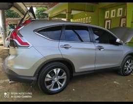 Dijual mobil honda crv 2.4 at,tahun 2013