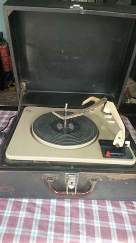 Garrard auto slim turn table