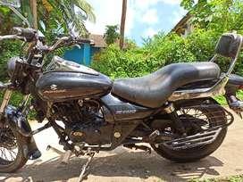 Avenger 200 cc bike