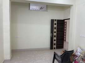 This is 200sqft furnishd office avilable for rent in sunhash road