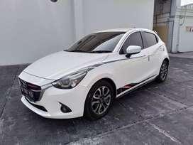 Mazda 2 R limited edition 2015 Putih