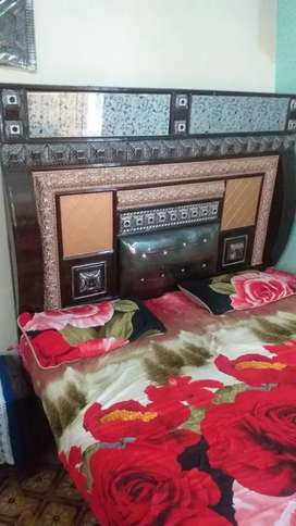 Bed for sell in d i k