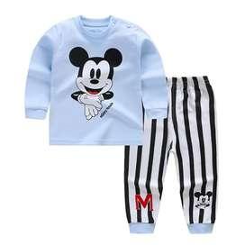 Setelan anak Mickey mouse