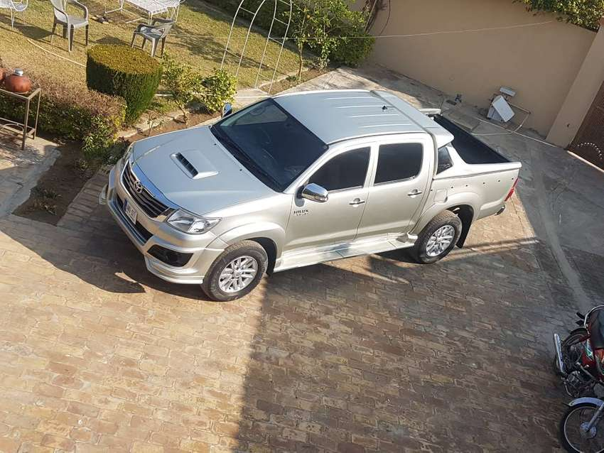 Toyota hilux d4d 3.0 diesel imported. 0