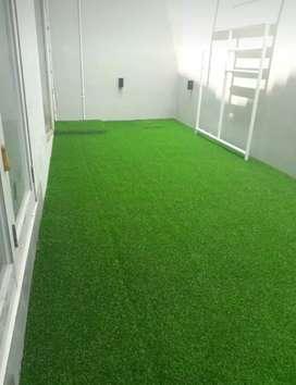 Rumput sintetis Swiss dan Jepang Hijau mempesona Lantai dan ruangan
