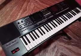 Keyboard Roland E-47
