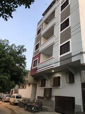 2 bed dd ,200sqyd portion for sale