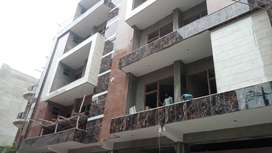 3BHK FRONT SIDE FLAT WITH LTYPE BALCONY WITH WIDE AREA AND 3SIDED ROAD
