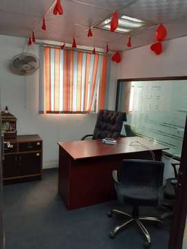 FULLY FURNISHED OFFICE AT PRIME LOCATION