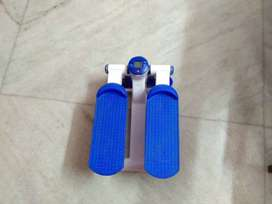 Cockatoo Mini Elliptical Foot Pedel Stepper with Display Screen