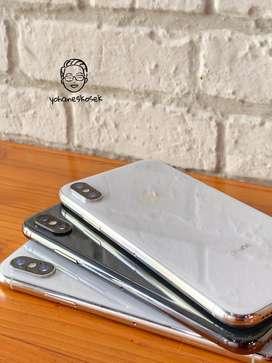 Iphone x 256gb silver dan grey fullset like new no rekondisi