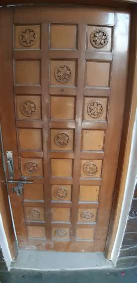 main doors in good condition