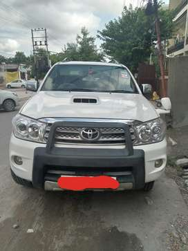 Toyota fortuner showroom condition