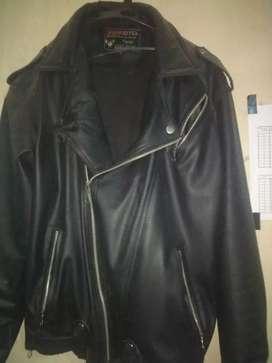 Jaket kulit rock and roll