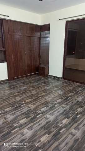 Newly 3 bhk semifurnished flat for rent..