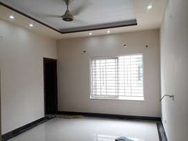 SLIGHTLY USED ONE KANAL UPPER  PORTION FOR RENT DHA LAHORE ;