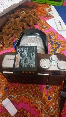 Jual camera mirolles Fujifilm XA10 masih seperti baru