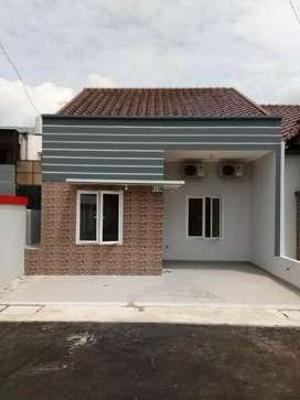 Dijual Cepat Rumah Baru Mewah di Perumahan Jatinegara Indah Jakarta