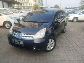 Nissan Grand Livina XV AT rawatan bengkel resmi. Low km.