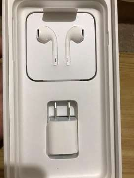 Iphone 7 plus charger and handsfree