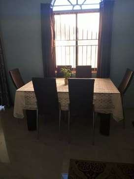 6 seated glass dining table