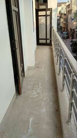 3 bhk flat in palam vihar 59.5 lac only