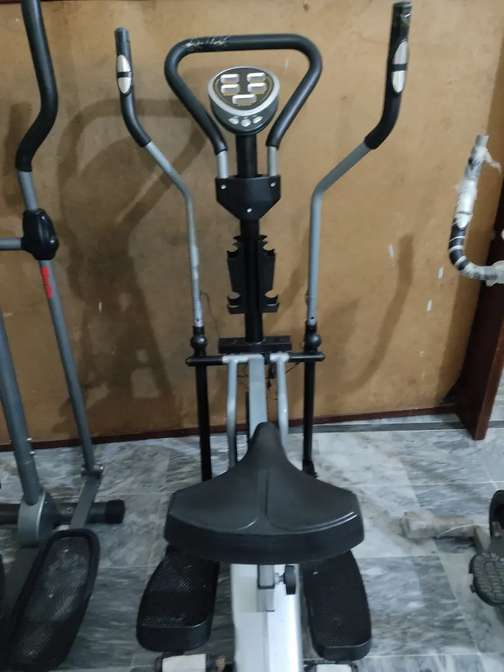 All kind of Elliptical cross trainer magnetic cycles cycling machine
