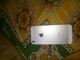 Aplle iphone 5s in good condition