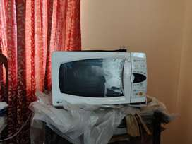 Microwave in good condition for sale