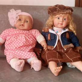 Boneka anak rambut pirang