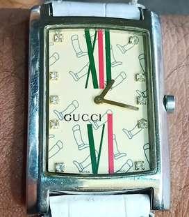 Jam tangan GUCCI/LADIES