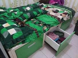 Tempat tidur Dipan anak dipan laci minimalis
