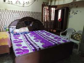 Pg & Single room avail sector 35/3738/40/20
