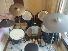 Selling my Pearl forum series drum kit