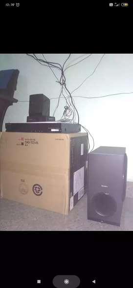 Sony DAV TZ 145 Home theater system