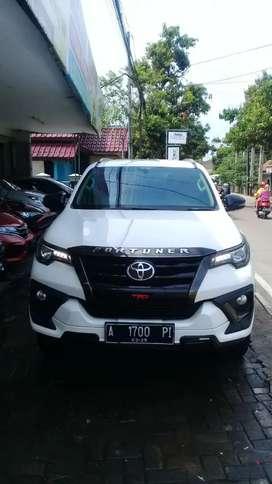 Toyota Fortuner VRZ TRD 2020, Tangan pertama, km 40rb, pajak panjang