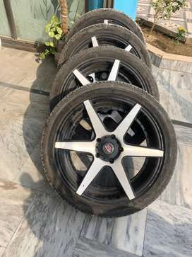 Honda. Civic 17inh rims.