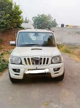 Mahindra Scorpio 2011 Diesel Good Condition with Alloy wheel